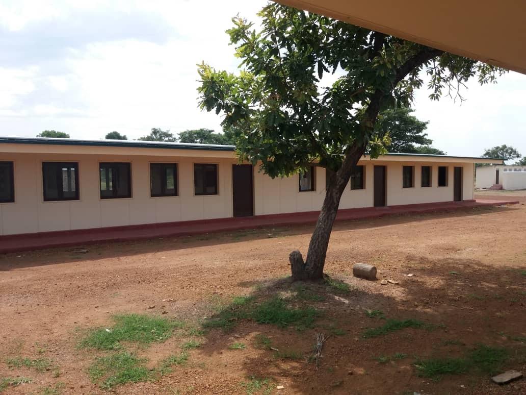 Questa immagine ha l'attributo alt vuoto; il nome del file è De-La-Salle-Brothers-South-Sudan_La-Salle-School-Rumbek-2.jpg